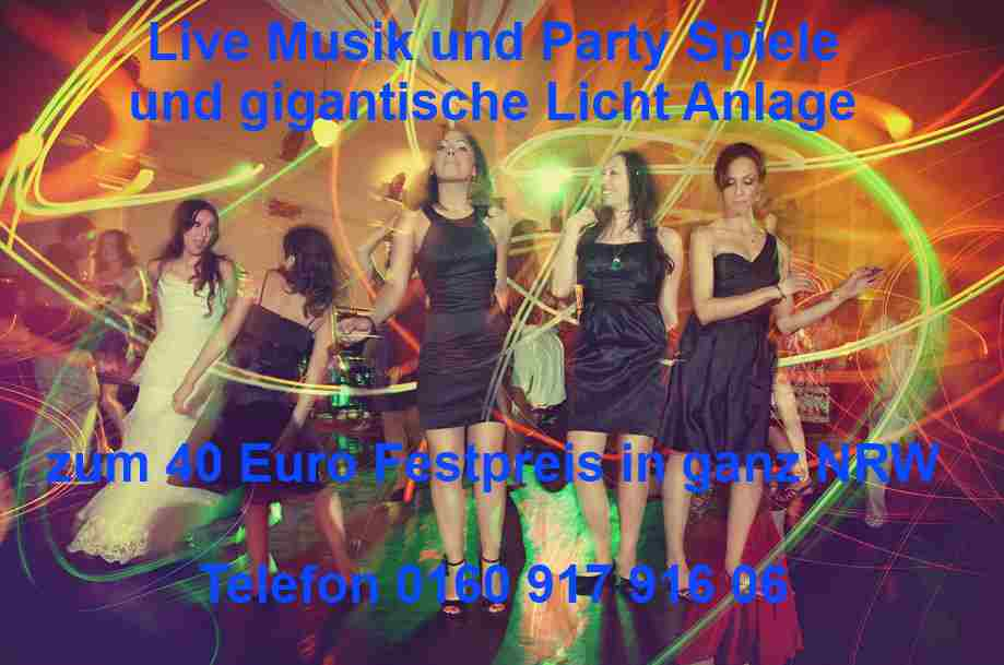 Singel Party mit Live Musik und DJ Musik in Wuppertal. Keyboarder Karl mit Licht Anlage