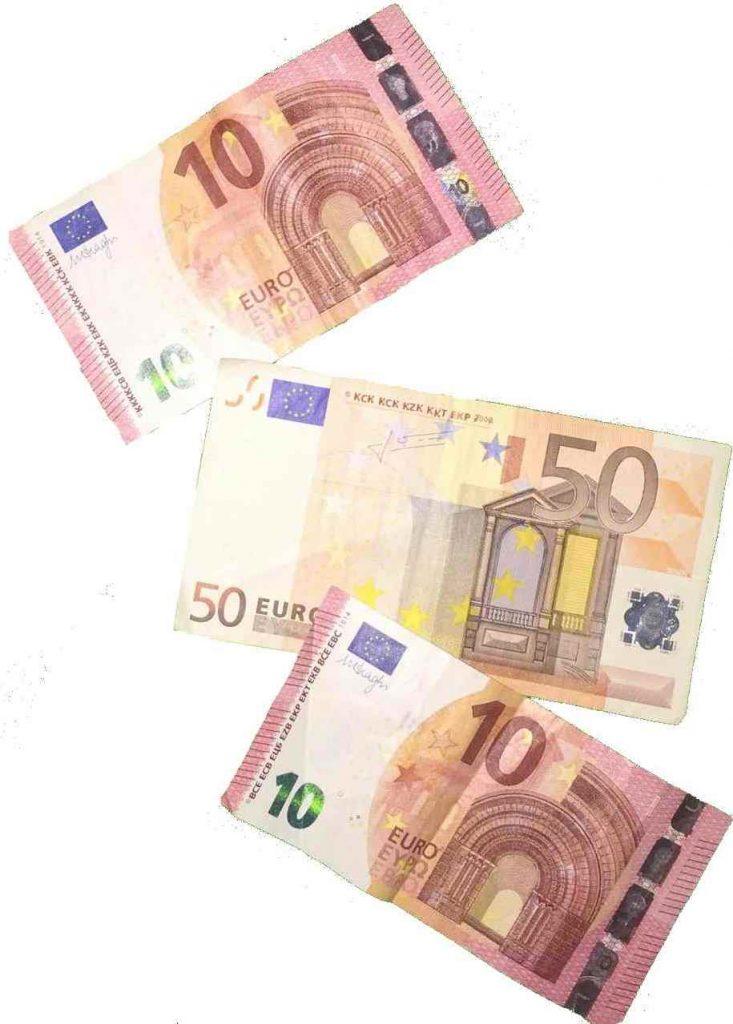 Festpreis nur 70 Euro zum Beispiel als Alleinunterhalter Düren oder Alleinunterhalter Krefeld oder auch Entertainer Aachen Düren Bonn Düsseldorf
